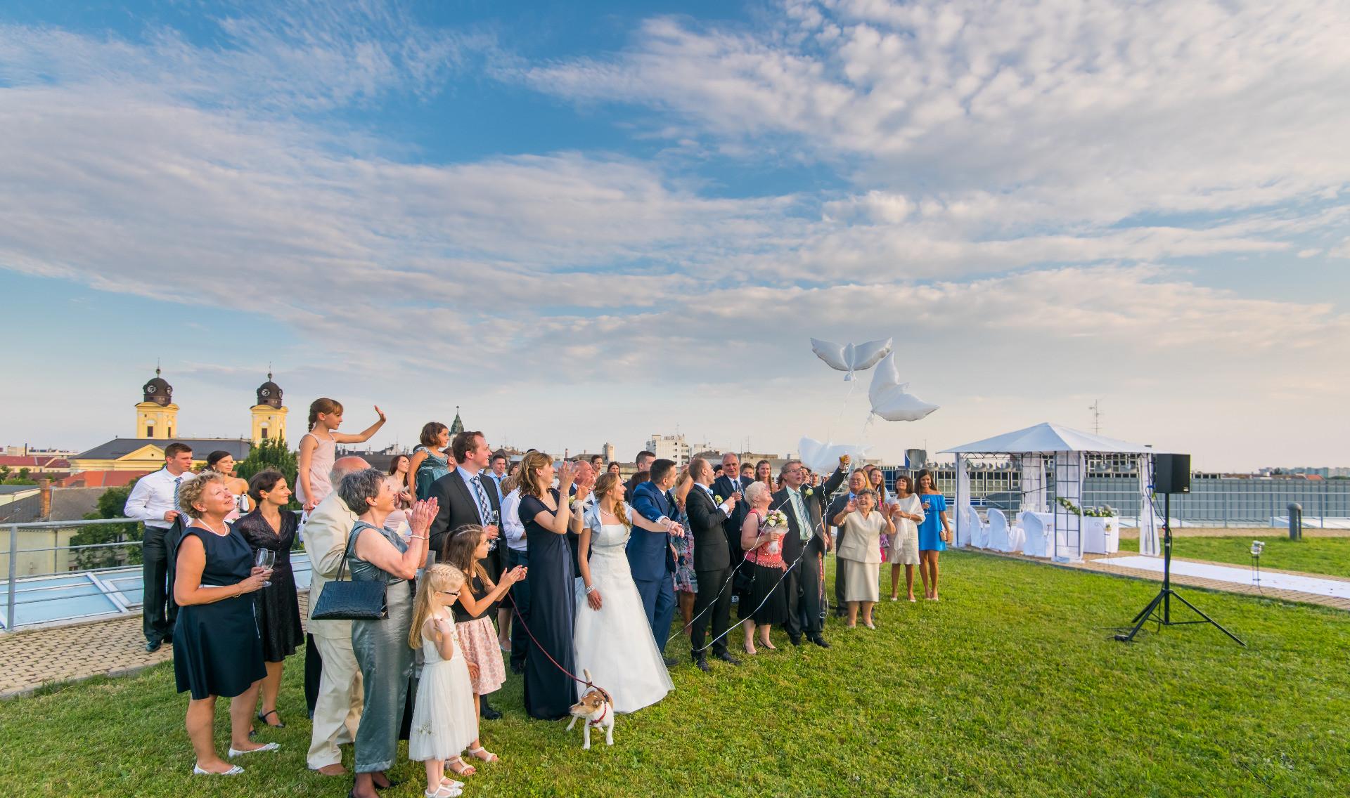 Tetőterasz - esküvő