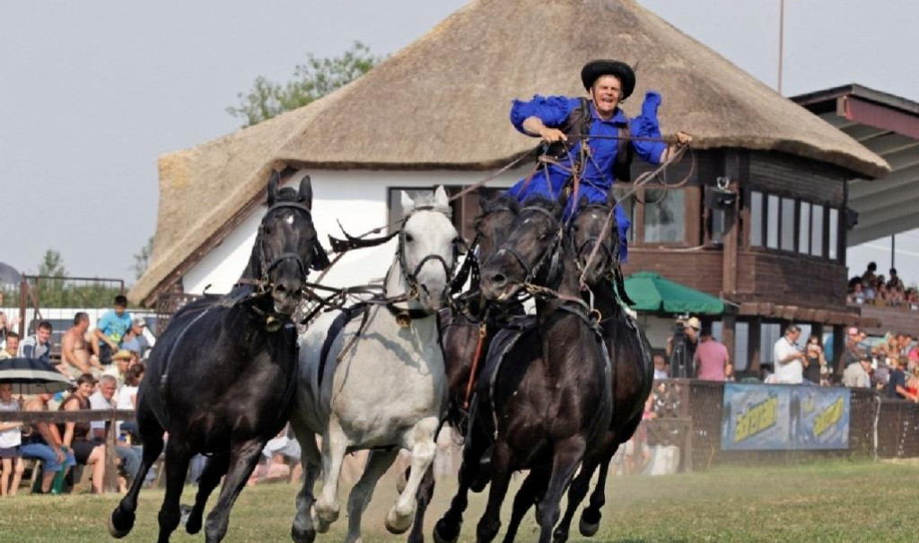 Zile de călărie de la Hortobágy