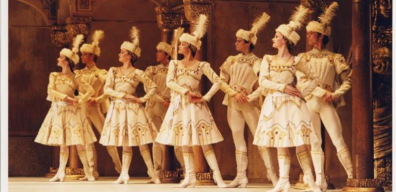 Royal Opera House   CONCERTO / ENIGMA VARIÁCIÓK / RAYMONDA III. felvonás