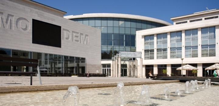 МОДЕМ – Центр современного и модернистского искусства